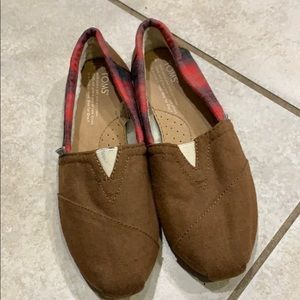 New Toms Flannel Faux Fur Lined Slip On Shoes 6